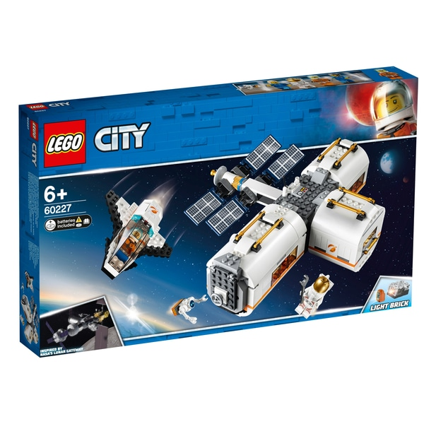 Lunar Space Station,60227