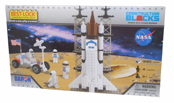 Space Shuttle on Launch Pad,BL70301